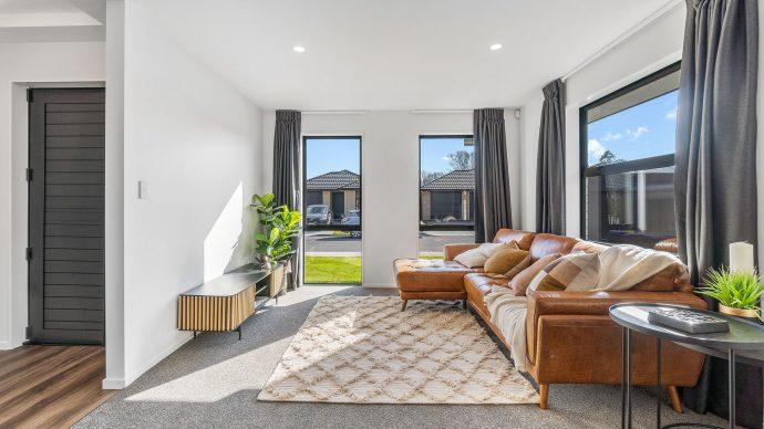 Christchurch - Ravenswood 21